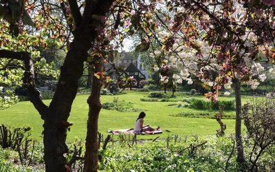 Queen's Park, NW6